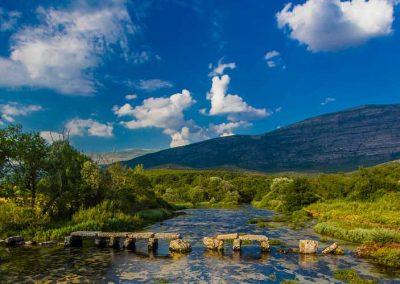 kameni_most